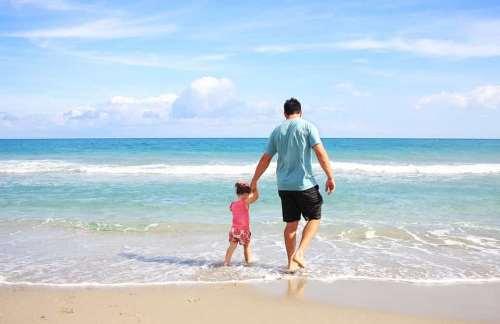 beach-march-family