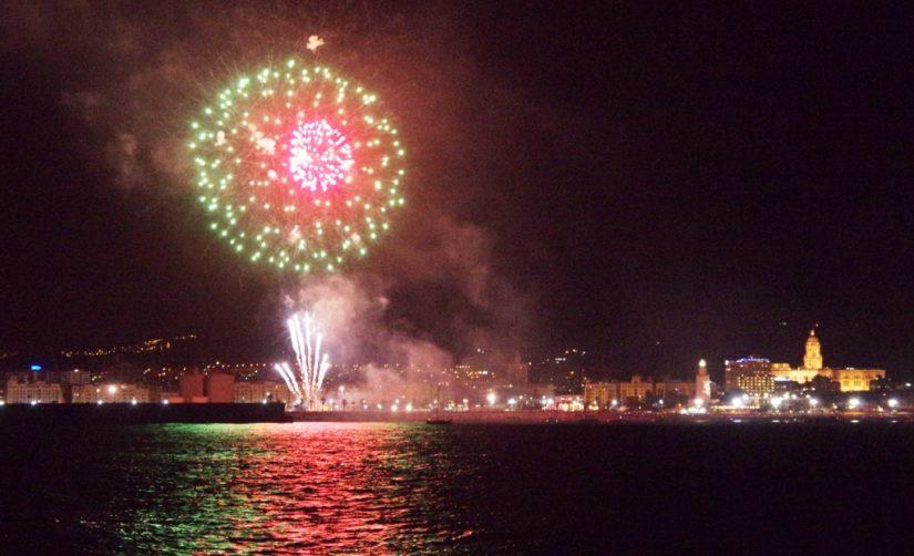 Los mejores lugares para disfrutar del espectáculo pirotécnico de la Feria de Málaga