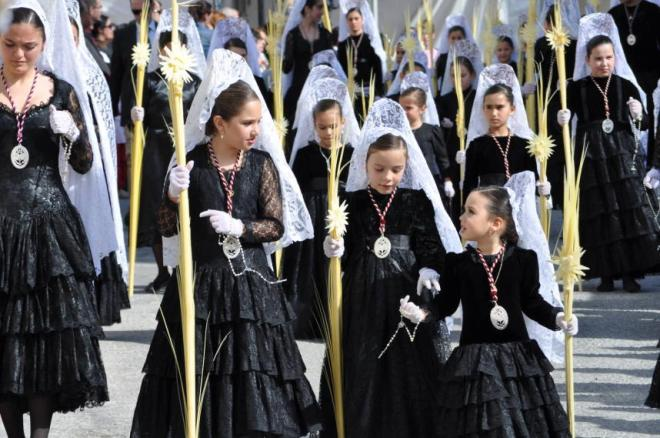 Typical dressing during the Holy Week