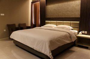 de corner suite guest house malang