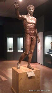 The Youth of Antikythera bronze. Nationalk Archeological museum of Athens.