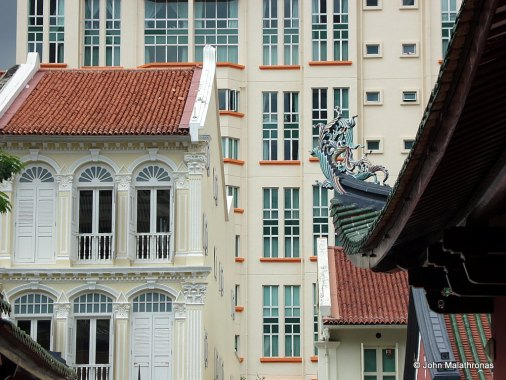 Three faces of Singapore: Traditional, Colonial and Modern