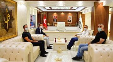 """""""Y.Malatyaspor'un Başarılı Olması İçin Kenetlenelim"""""""