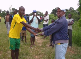 Chiradzulu Eagles Captain receiving the Award