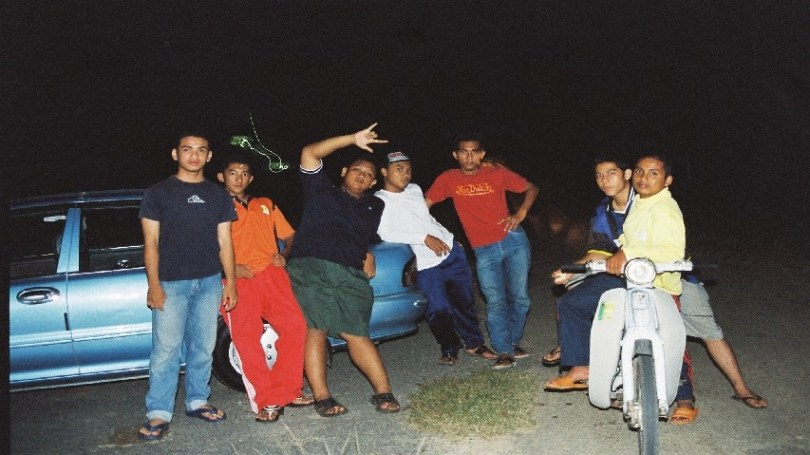 Group photo during a paranormal investigation back in 2005.