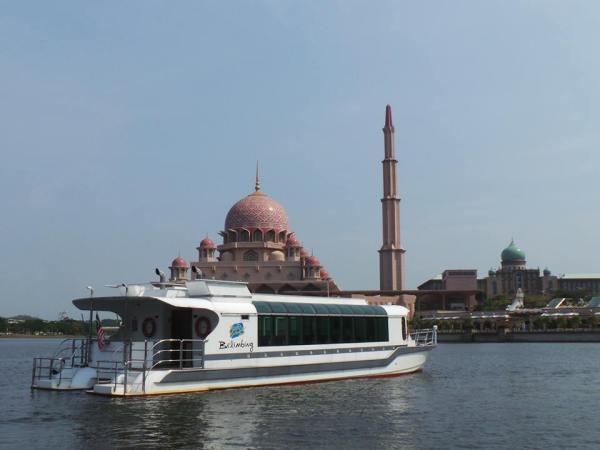 Cruise-Tasik-Putrajaya