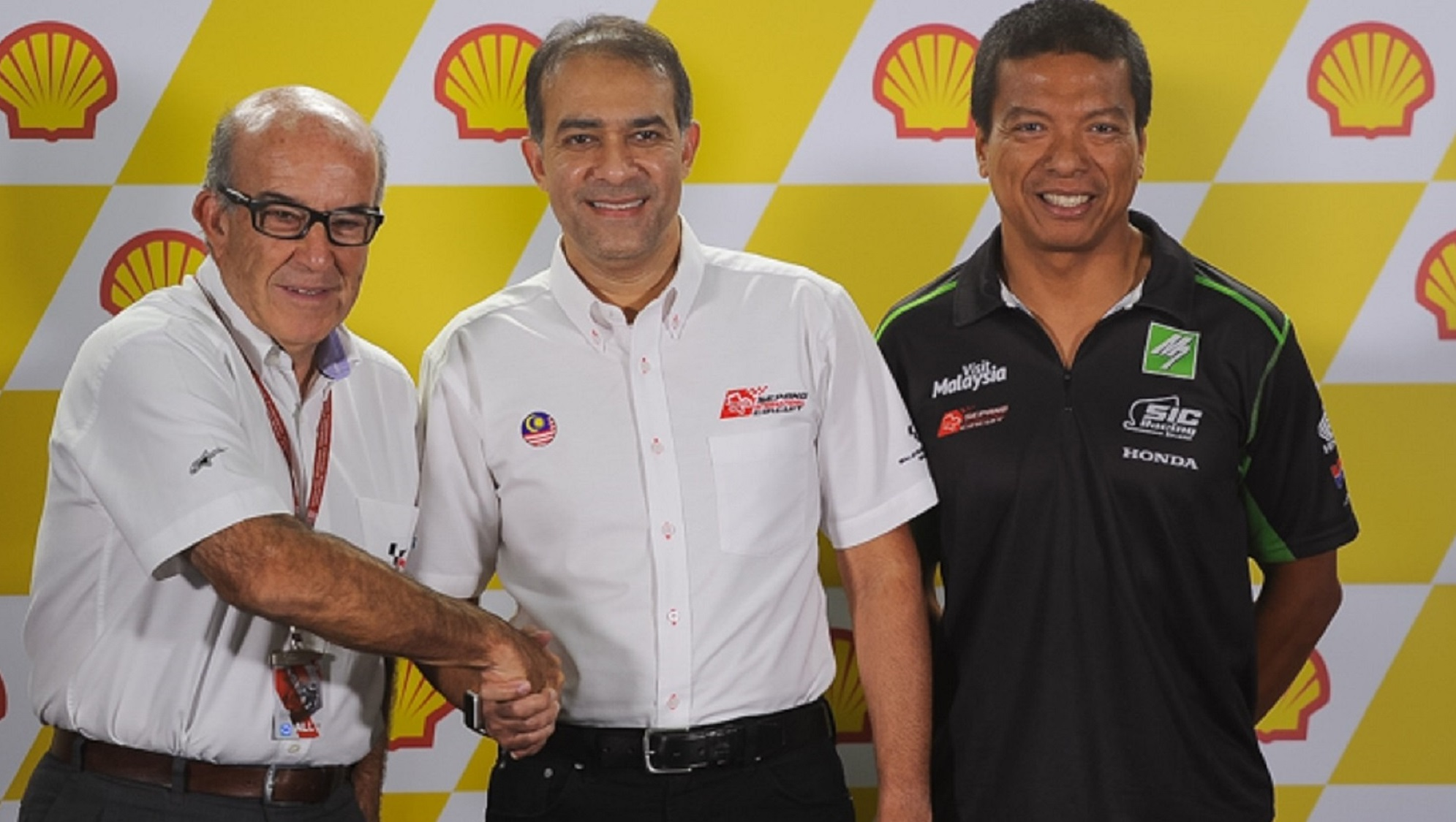 Dorna, the promoter and worldwide rights holder for the MotoGP World Championship signed the agreement with SIC on Saturday, 29 October 2016 on the sidelines of the 26th edition of the Malaysia Motorcycle Grand Prix at the circuit.