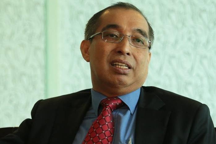 Communications and Multimedia Minister Salleh Said Keruak.