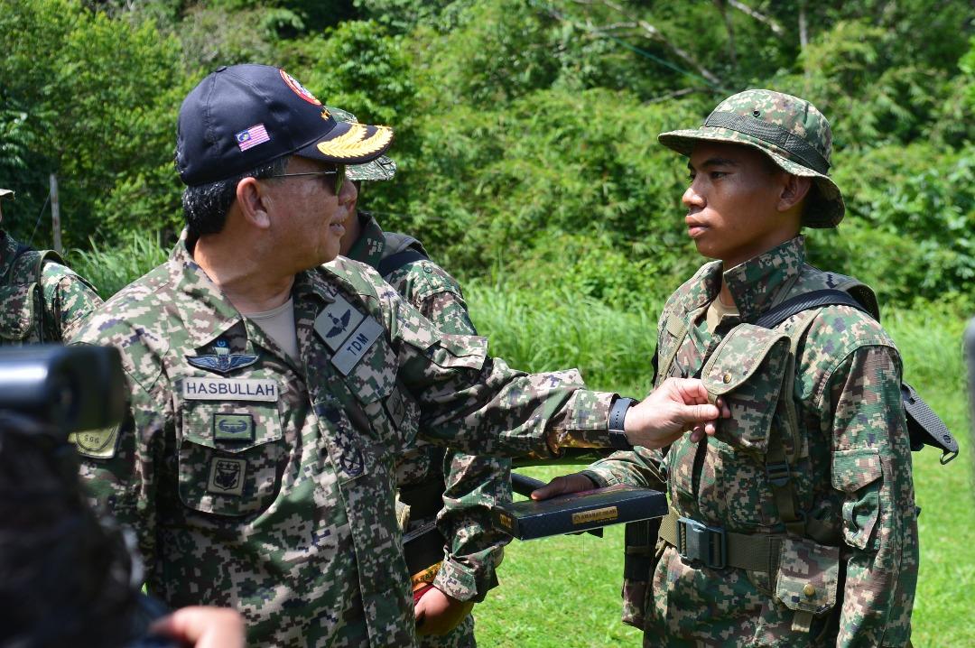 Chief of Army General Dato' Seri Panglima Ahmad Hasbullah