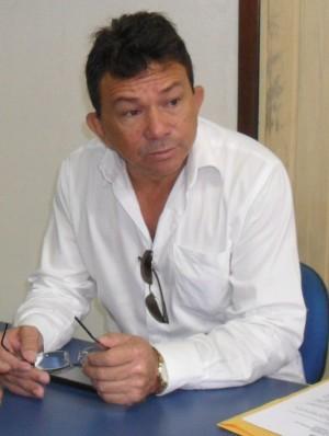 Prefeito José Ribamar Araújo (mais conhecido como Mazinho Leite)