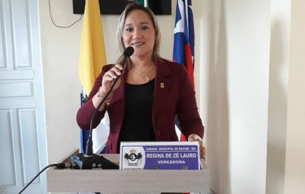 Vereadora Regina Vaz Carvalho.