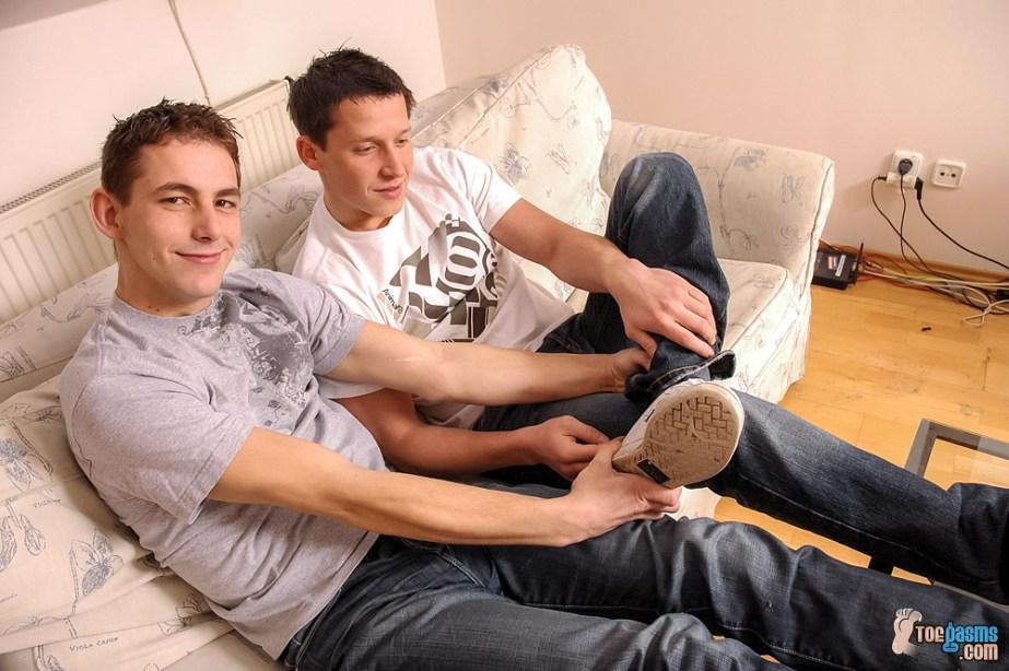 Vensa helps PJ Adams take off his sneaker for Toegasms - male feet