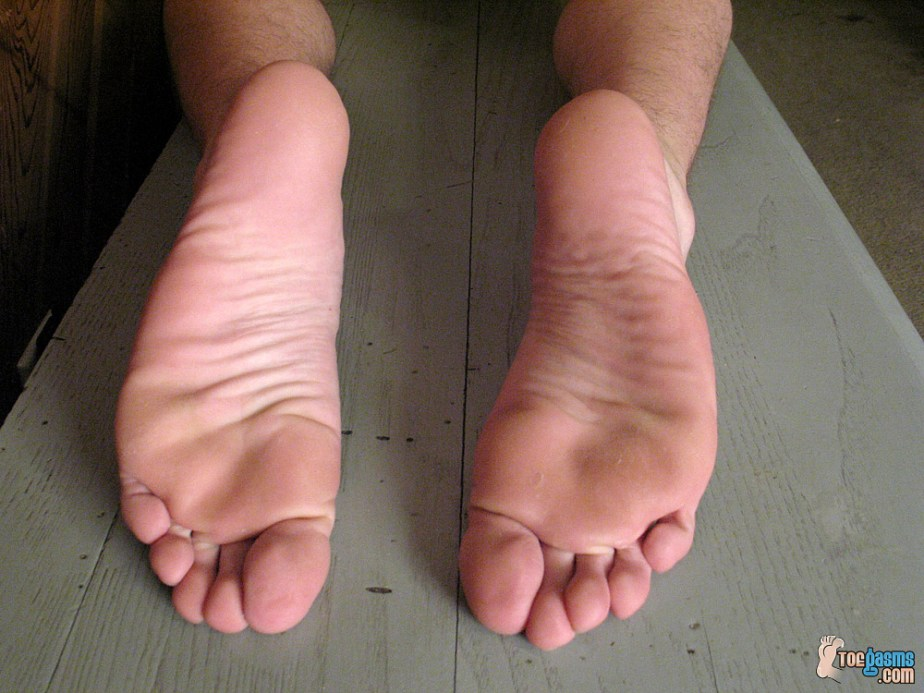 Puppy's slightly rough bare male soles for Toegasms - male feet