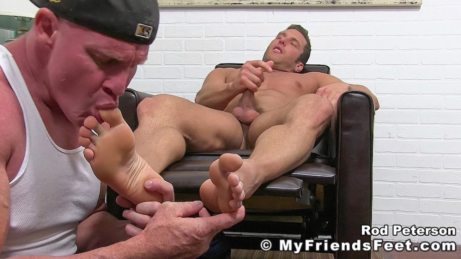 Dev sucks on shirtless Rod Peterson's size 11 toes while he jacks off - My Friends' Feet - gay foot porn