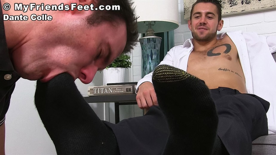 Cameron Kincade sucks on Dante Colle's size 11 toes through his black gold toe socks - My Friends' Feet - gay foot porn
