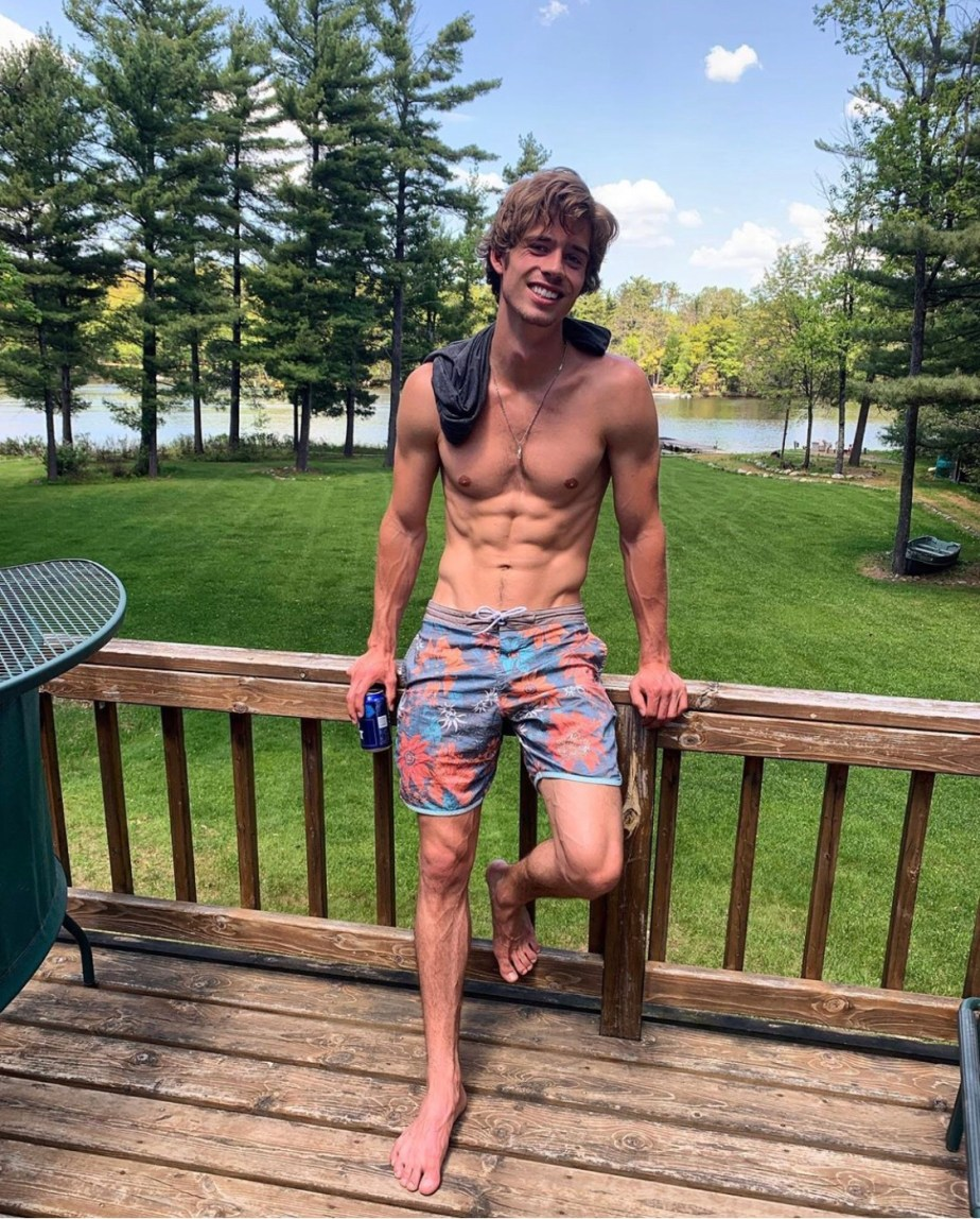 Leif Offerdahl shirtless and barefoot