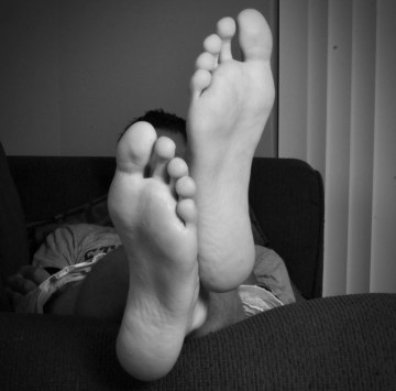 Black and white bare soles by fetphotoerik