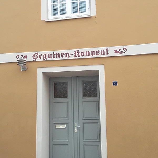 fassade_beguinen_konvent_wismar_1