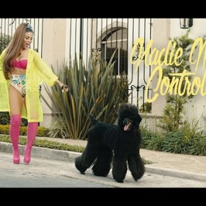 0 20 300x225 - Camy G - Nadie Me Controla (Official Video)
