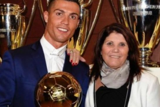 """Madre de Cristiano Ronaldo pensó en aborto, pero desistió: """"Fue el hijo que Dios me dio"""""""