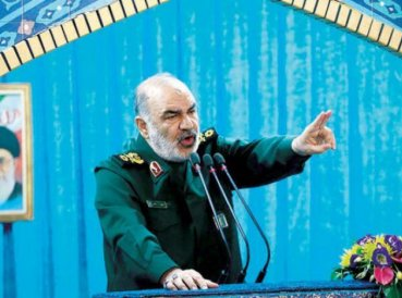 "General de Irán dice que tropas están ""aguardando órdenes"" para destruir a Israel"