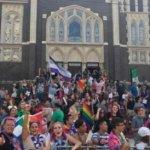 Pastor dice que cristianos pueden apoyar matrimonio gay y no ser heréticos