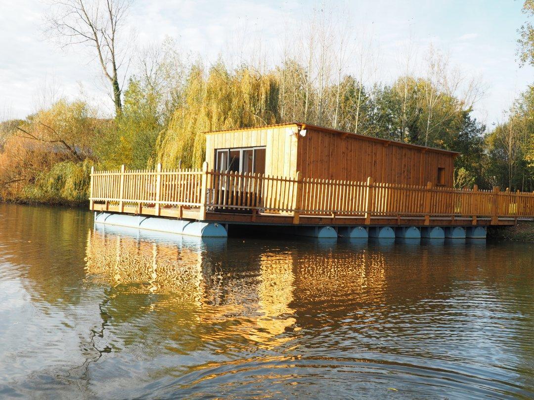 les songes de steph cabane flottante