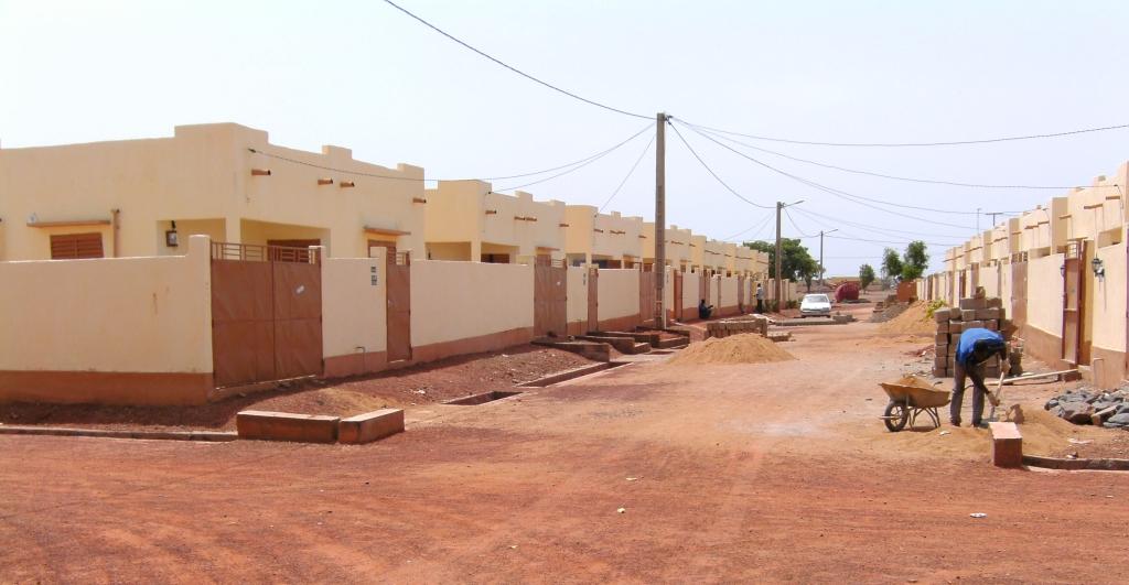Actualités du Mali - Qui sont les bénéficiaires des 1 552 logements sociaux de N'Tabacoro ?