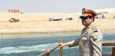 Actualités du Mali - Le président égyptien a inauguré une nouvelle voie du canal de Suez