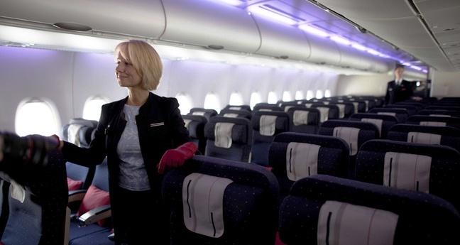 Actualités du Mali - Air France: des hôtesses refusent de se voiler lors des escales en Iran
