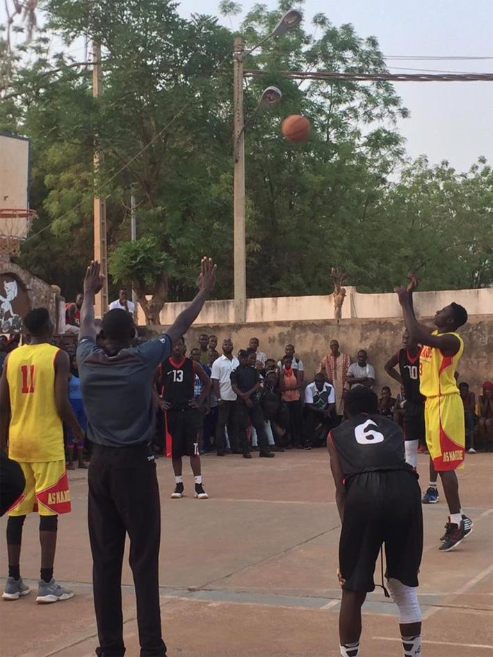 Basket-ball, championnat du District : LE RÉAL SANS TREMBLER, L'AS MANDÉ AU FORCEPS