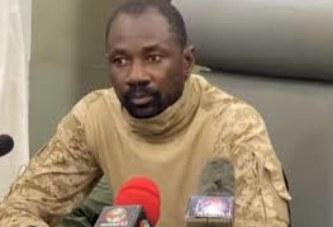 Assimi Goita, le nouvel homme fort du Mali: Du canon et des chars sur les théâtres d'opérations militaires à la bureaucratie