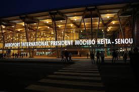 Eventuelle délocalisation de l'aéroport : Il faut au moins 1000 milliards de F CFA pour un nouvel aéroport