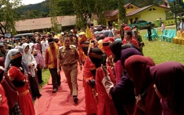 Wakil Bupati Luwu Timur Irwan Bachry Syam Menghadiri Acara Pengukuhan Komunitas To Konde di Kawata