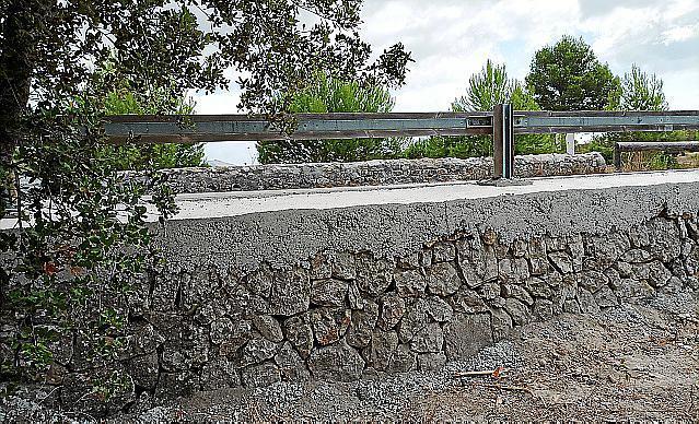 Betonierte Mauer