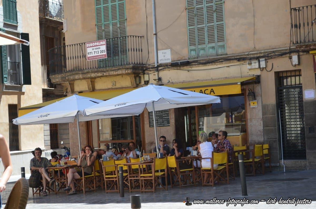 Cafe-Terrasse auf Mallorca