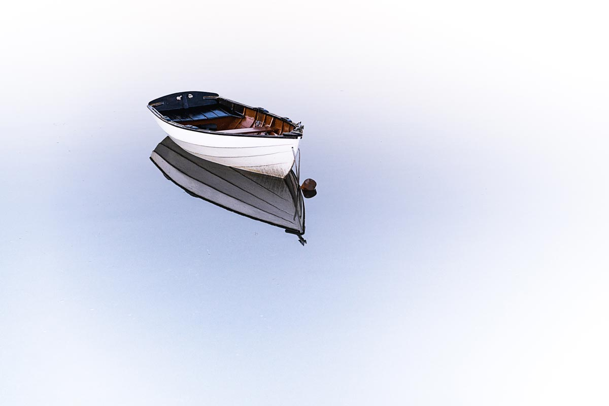 Verlassenes Boot vor Mallorca