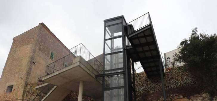 Panorama-Fahrstuhl verbindet Ortsteile