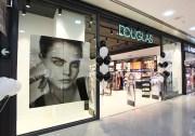 Douglas schließt 103 Parfümerien in Spanien