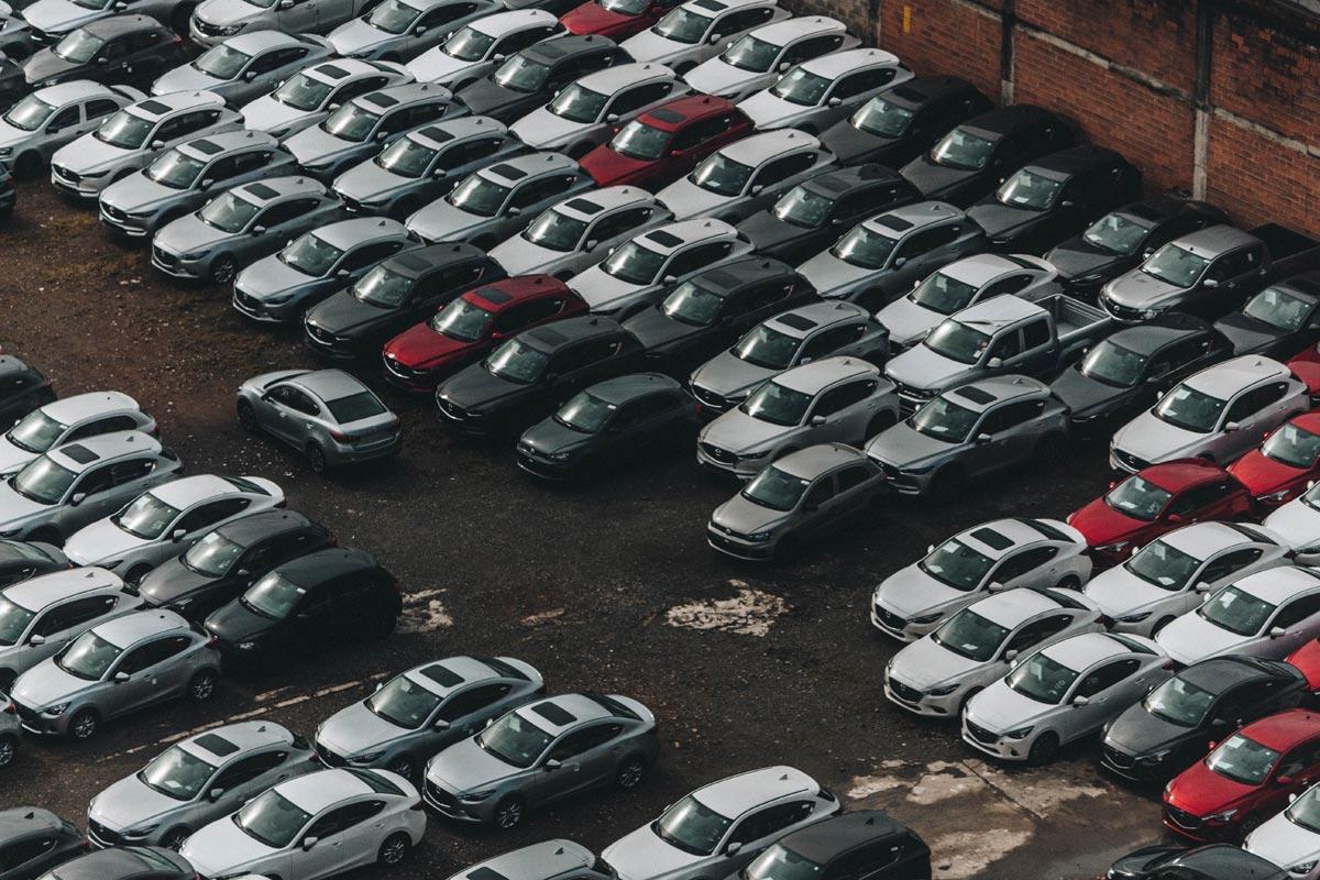 Grosser Parkplatz auf Mallorca