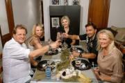 """""""Das perfekte Promi Dinner - Goodbye Deutschland! Mallorca-Spezial"""" mit Jens Büchner, Jenny Matthias, Steffi & Roland Bartsch und 'Krümel' am 31.1. um 20:15 Uhr bei VOX"""