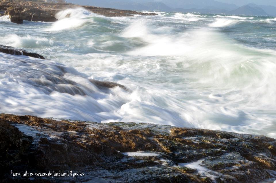 Stürmisches Meer Mallorca