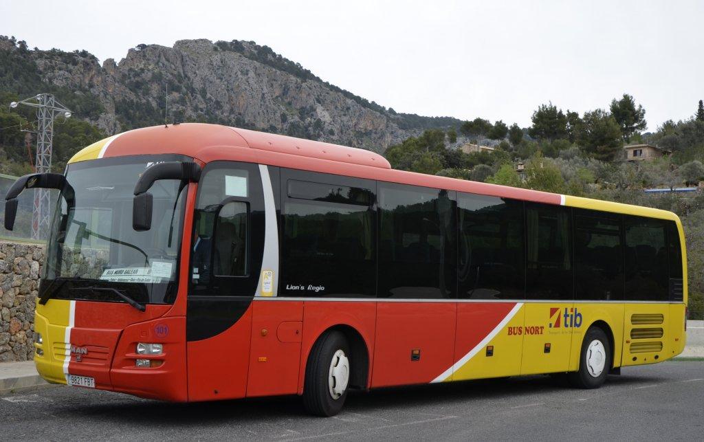 Überlandbus der TIB auf Mallorca