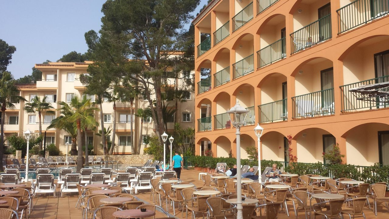 Valentin Paguera Hotel & Suites