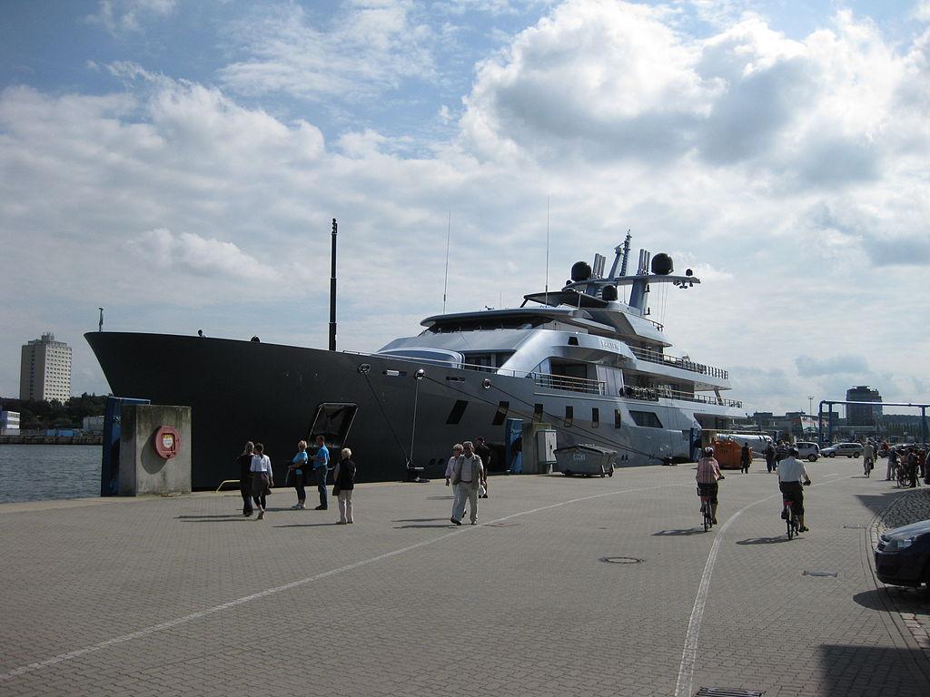 Yacht Pacific in Kiel