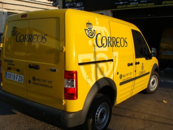 Lieferwagen der spanischen Post - Correos