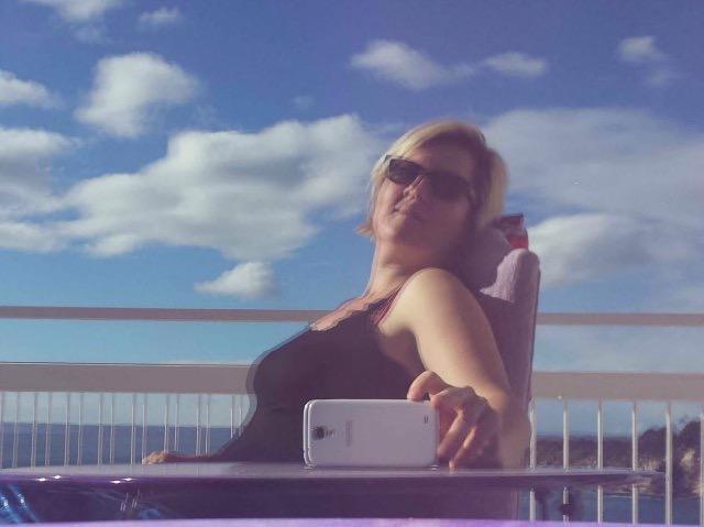 Mallorca Talks macht Pause auf dem Balkon - dank einer Ohrfeige