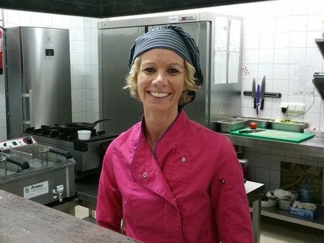 Simone in der Küche des Marsim