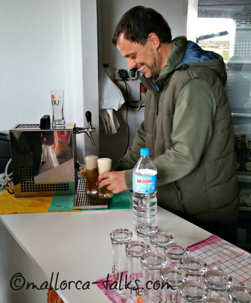Nau Cerveza Natural Mallorca direkt vom Fass in Santa Maria