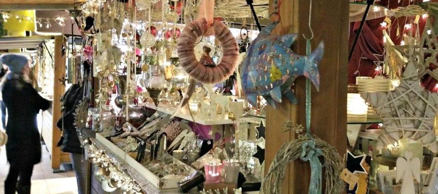 Weihnachtsmarkt in Puerto Portals - Dekostand
